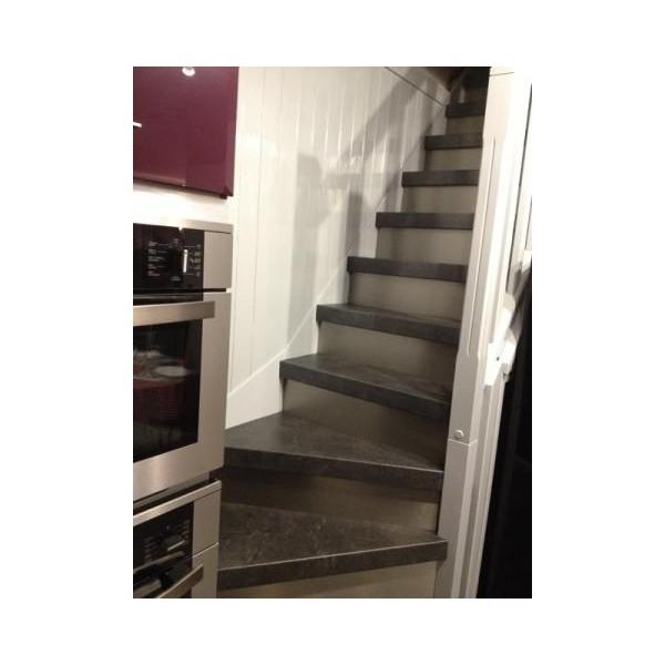 Habillage escalier ouvert en bois d cor ardoise 69280 for Achat escalier bois