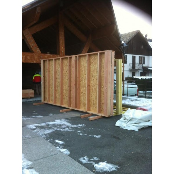 montage containers bureaux en bois morzine haute savoie. Black Bedroom Furniture Sets. Home Design Ideas