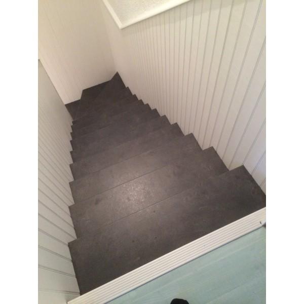 Habillage Escalier B Ton D Cor Ardoise 42570 Saint Heand