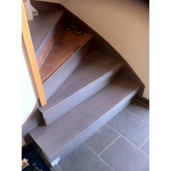 Recouvrement escalier b ton ch ne argent 74800 st pierre - Renovation escalier par recouvrement ...