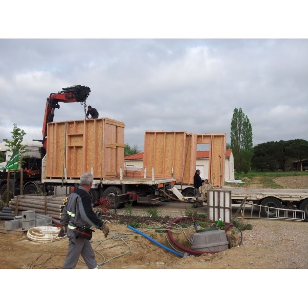 r ception container 42m2 toulon. Black Bedroom Furniture Sets. Home Design Ideas