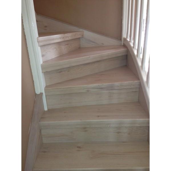 renovation escalier bois belgique id e inspirante pour la conception de la maison. Black Bedroom Furniture Sets. Home Design Ideas