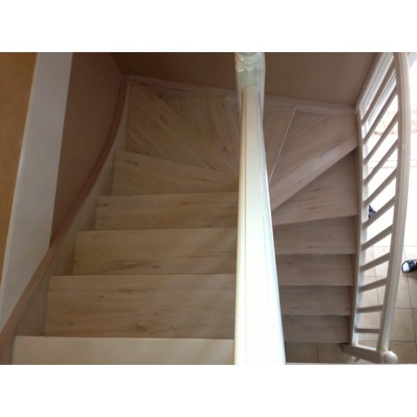 habillage escalier bois d cor chataignier 69800 st priest. Black Bedroom Furniture Sets. Home Design Ideas
