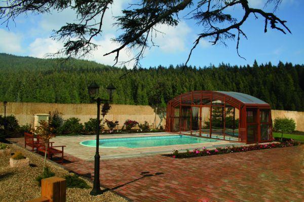 Abri piscine for Constructeur piscine 17
