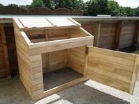 coffre technique en bois pour piscine. Black Bedroom Furniture Sets. Home Design Ideas