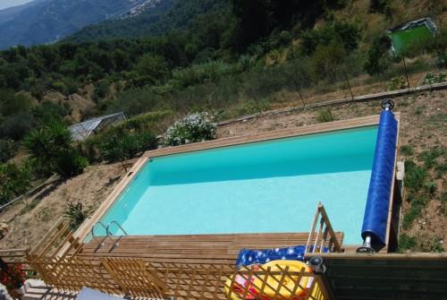 Galerie photos montage piscine rectangulaire monter son for Entretien piscine marseille