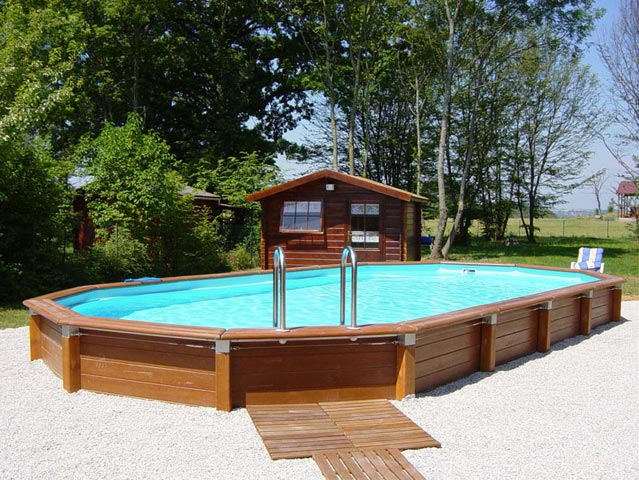 Photo piscine piscine hors sol beton semie enterree for Piscine bois 5mx3m