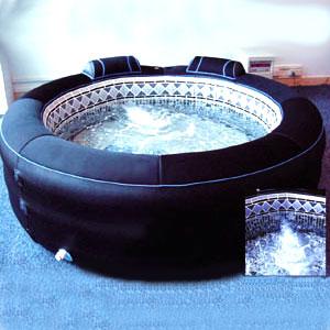photo piscine spa gonflable vu sur m6. Black Bedroom Furniture Sets. Home Design Ideas