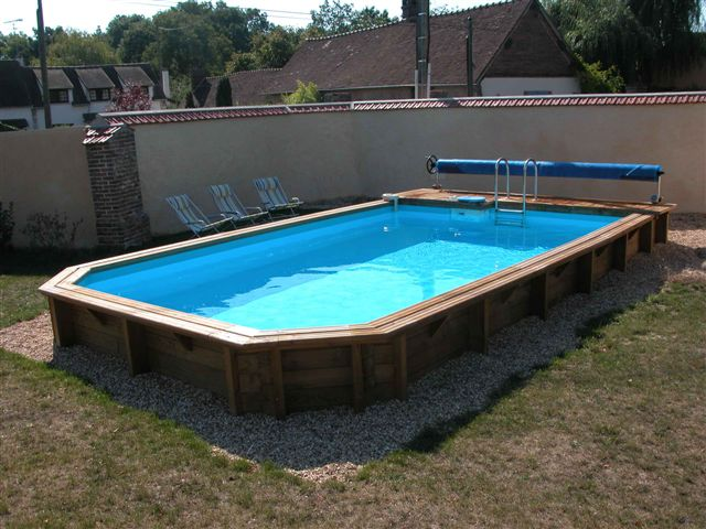 Photo piscine piscine bois semi enterr e for Piscine hors sol coque rigide
